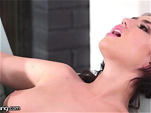 WebYoung 18yo Meets Her naturist Neighbor Jenna Sativa