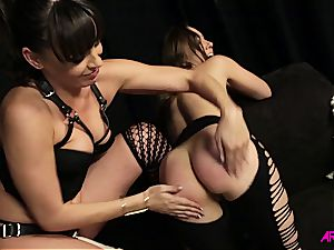 Remy Lacroix torrid sapphic hook-up with Dana