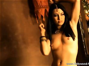 fabulous bare lady From Bollywood