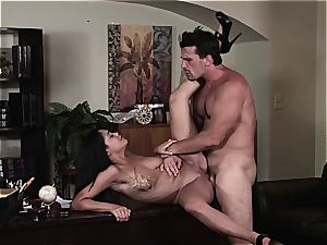 Selena Rose the office mega-slut helps her chief release the spunk