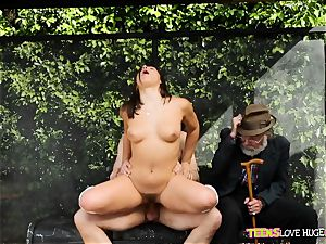 funny situation of twat slammed daughter-in-law and her granddad watches at bus stop - Abella Danger and Bill Bailey