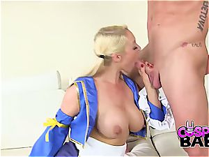 Some spunk for the marvelous cosplay babe