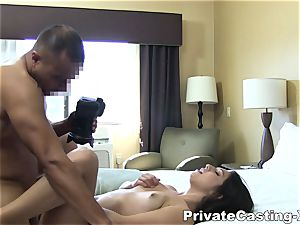 intimate Casting-X - tonguing boink and noisy orgasm