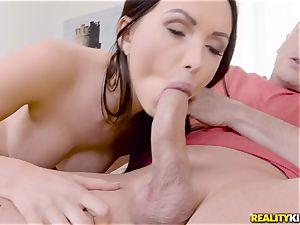 Digging man meat deep into nasty stunner Sasha Rose