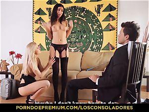 LOS CONSOLADORES ultra-cutie Julia De Lucia fabulous three way