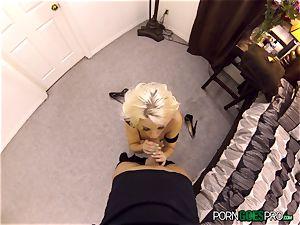 crazy blondie babe Britney Amber boinked in her tasty vulva pie pudding