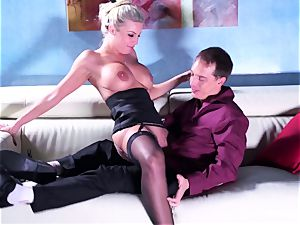 Britney gets a deep spunk-pump and blast on her caboose
