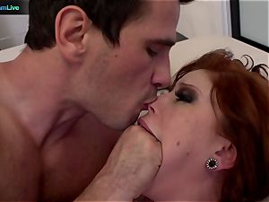 gorgeous Brooklyn Lee jiggling in climaxes