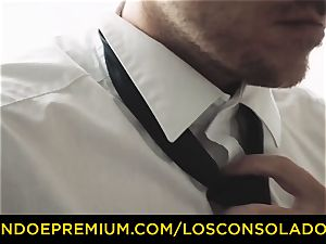 LOS CONSOLADORES - tatted babe molten 3 hookup FFM